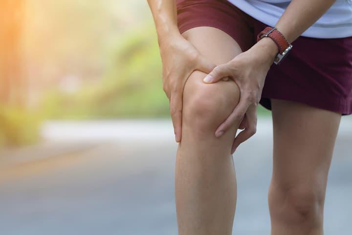 """""""ヒアルロン酸注射は重症な膝痛には効かない"""""""