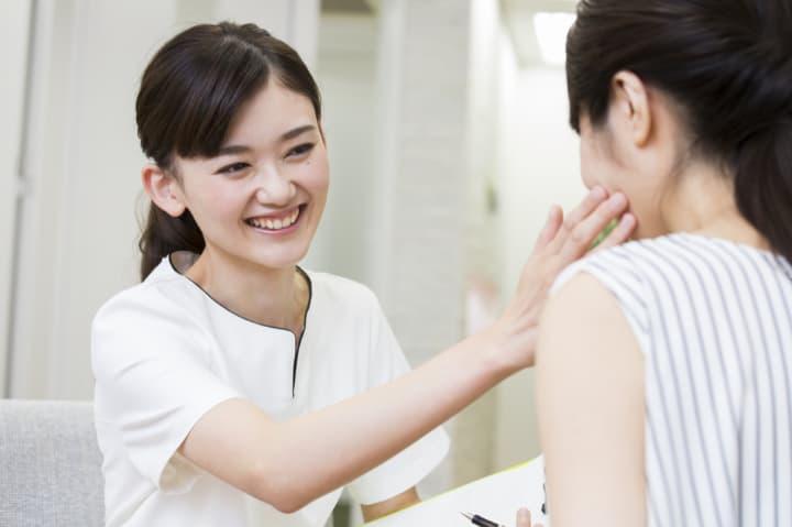美容皮膚科でのエイジングケア